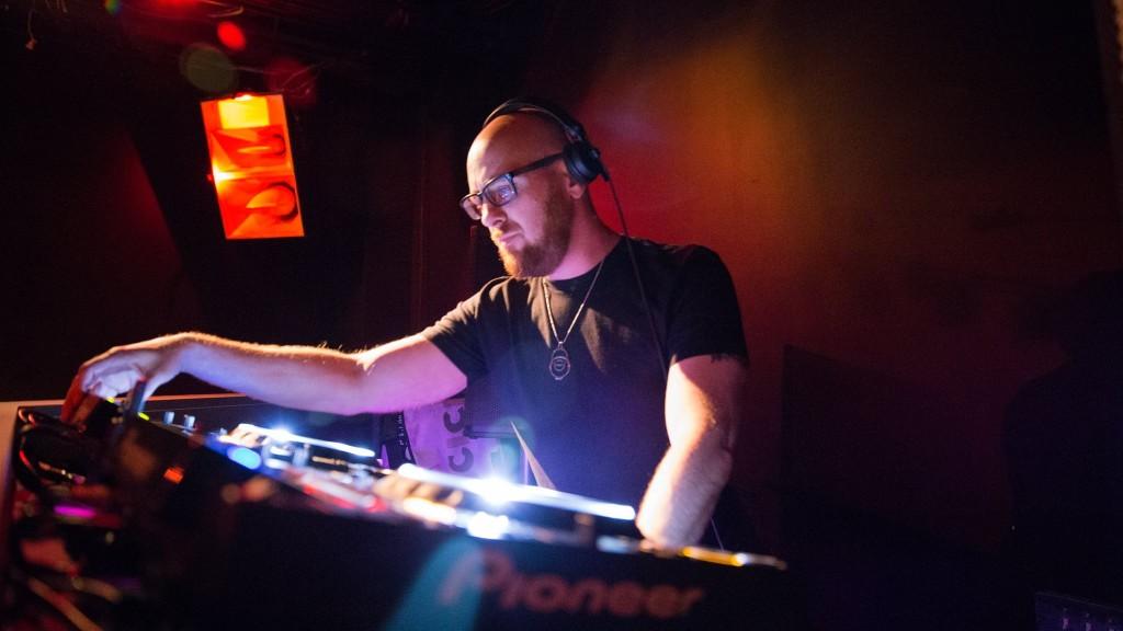 DJ Will Spencer at Concept 07