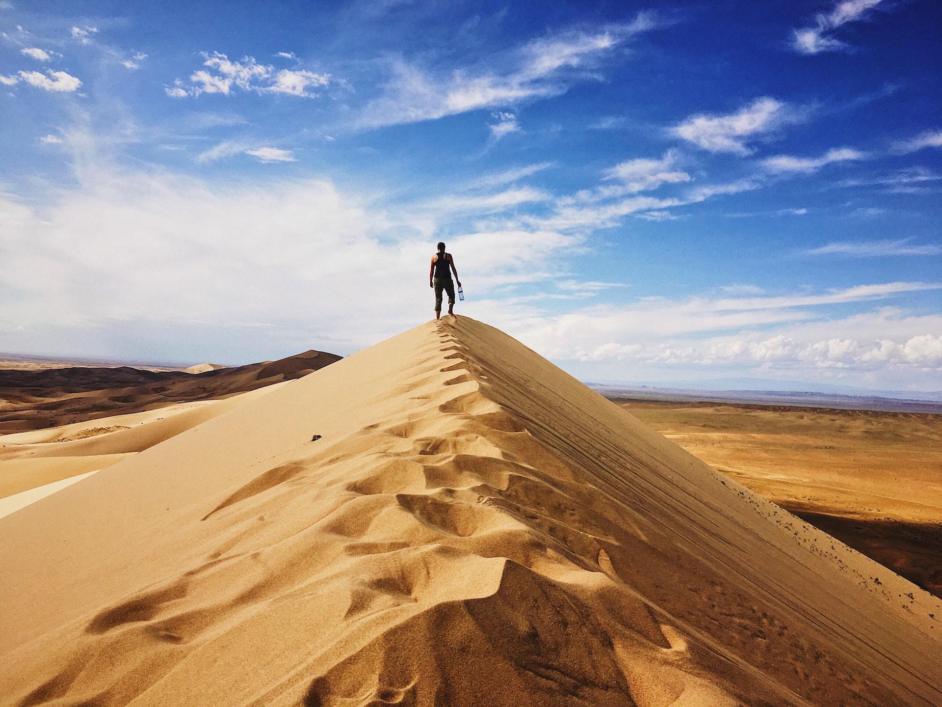 dune_desert_woman