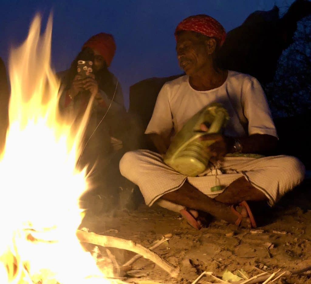 Campfire songs in the Tahr Desert, near Pakistan (2019)